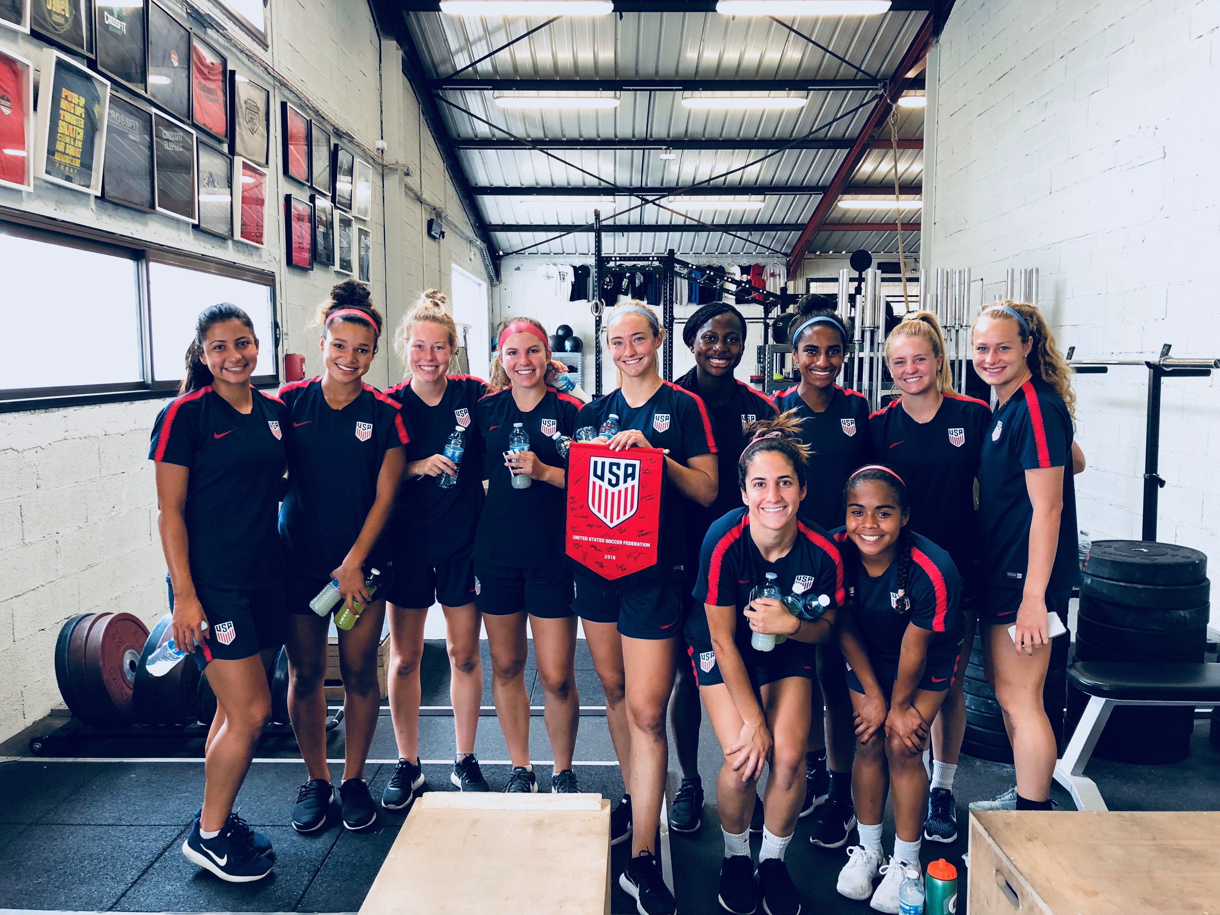 L'équipe de football junior des USA chez CrossFit Avignon